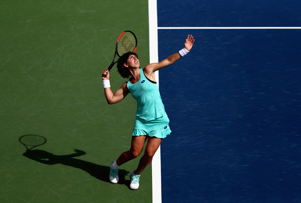 Carla Suarez Navarro beats Elina Svitolina in Indian Wells to stop a long losing streak against top 10 players