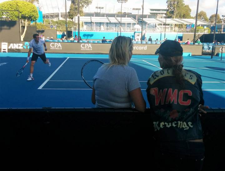 Istomin training, under the eyes of someone looking for Revenge