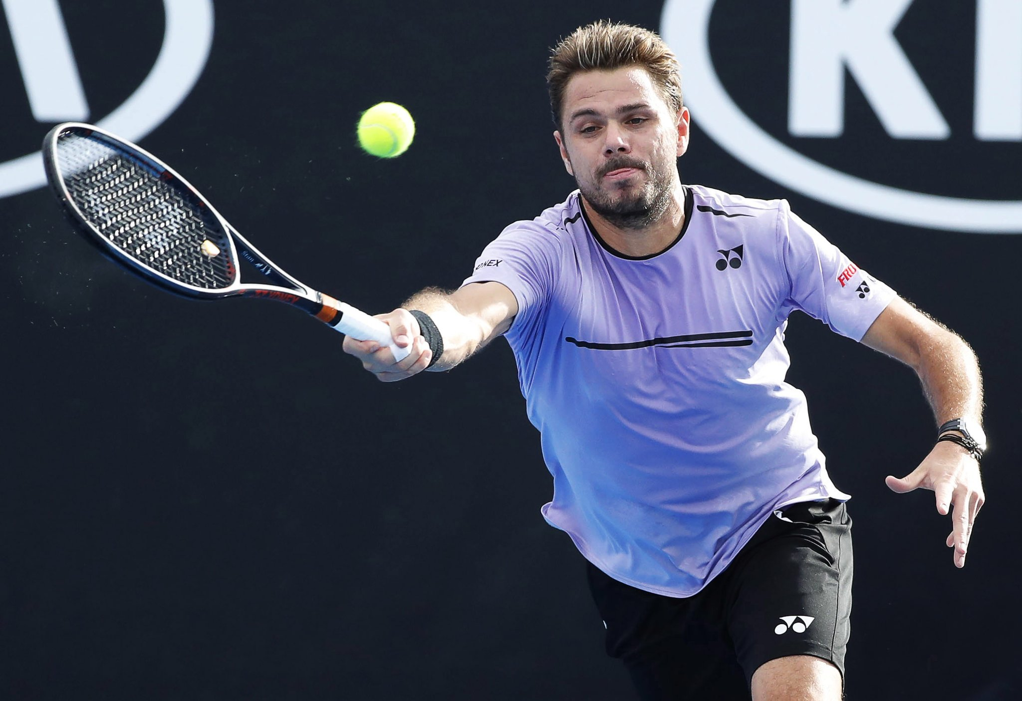 Stan Wawrinka reaches the second round at the Australian ...